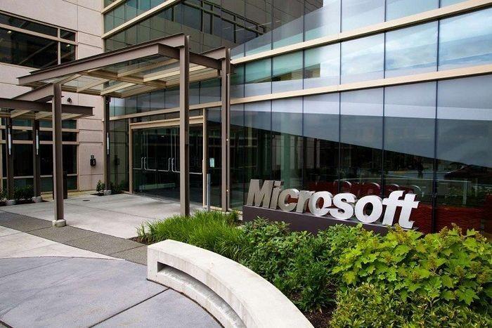 Microsoft сократит несколько тысяч сотрудников