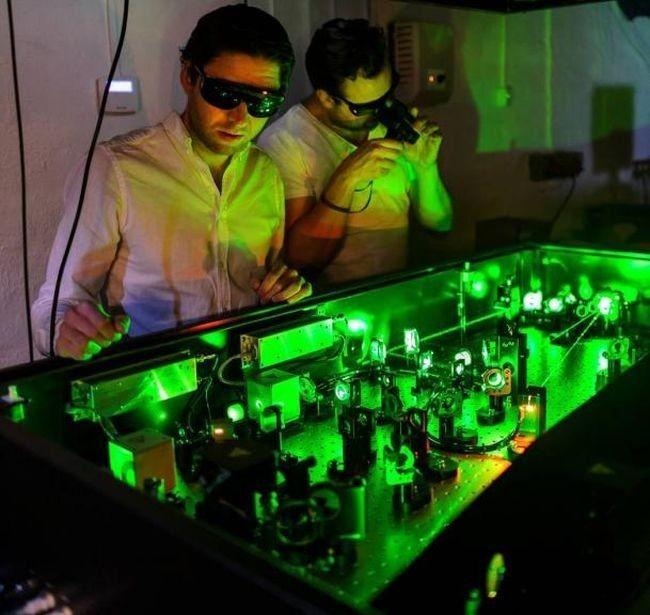 Самая быстрая в мире камера снимает со скоростью 5 трлн кадров в секунду